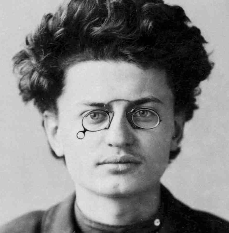 leontrotsky-e1351694893715